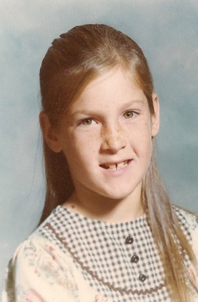Tenley in her Grammar School days.  She looks incent, but she was mean.